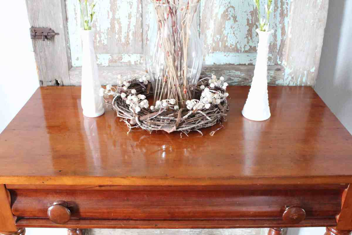 Refinishing Wood Furniture to Make it Look New Again with Only 2 Household Items